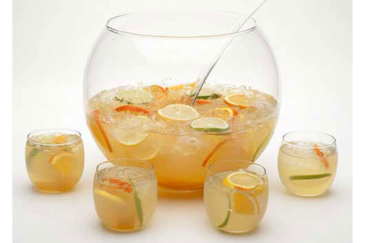 Summer-Elixir-8-Sangria-Recipe-Ideas-to-Sip-on-All-Season-Photo2