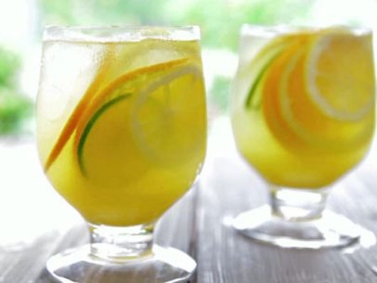 Summer-Elixir-8-Sangria-Recipe-Ideas-to-Sip-on-All-Season-Photo4