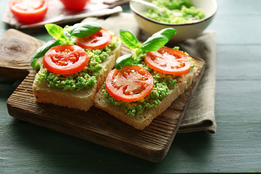 Avocado-Toast-Revamp-10-New-Ways-to-Jazz-Up-this-Super-Combo-Photo4