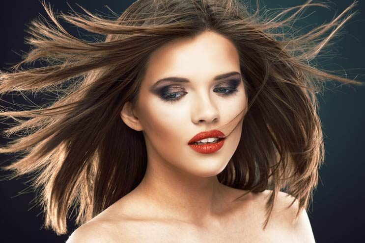 Blow-Glow-10-Tips-for-Perfectly-Blown-Out-Hair-MainPhoto