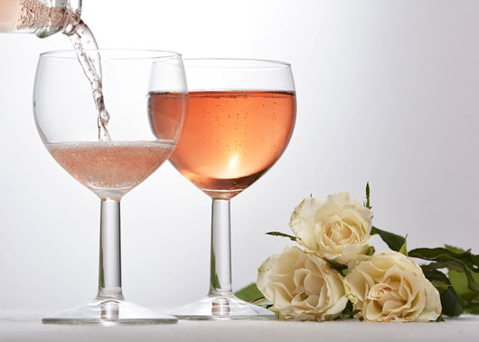 Rosé-all-Day-5-Pink-Wines-we-Can't-Stop-Sipping-Poolside-Photo4