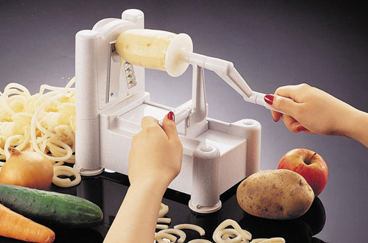 Gear-Control-10-Fruit-&-Veggie-Kitchen-Gadgets-You-Need-in-Your-Life-Photo2