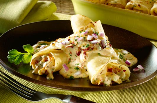 Celebrate-Dia-de-los-Muertos-with-Chicken-Chipotle-Enchiladas-Photo3