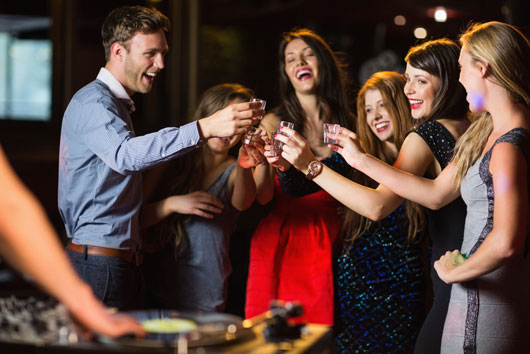 Wrangling-Youth-10-Reasons-to-Go-to-a-Dance-Club-at-Least-Once-a-Year-Photo4