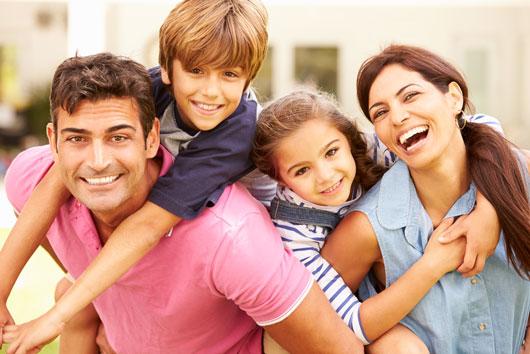 The-New-Navidad-7-Ways-to-Improve-Your-Family's-Holiday-Card-Photo2