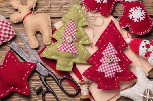 DIY-Xmas-Ornaments--to-Make-with-Your-Kids-MainPhoto