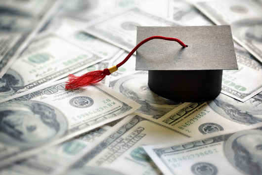 Pros-and-Cons-of-Graduate-Degrees-Worth-the-Time,-Energy-&-Money-Photo2