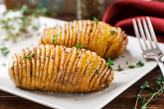 The-Art-of-the-Hasselback-10-Recipes-that-Employ-this-Fancy-Technique-Photo5