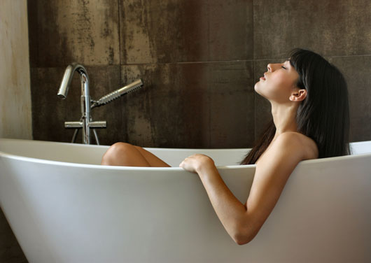 8-Bath-and-Body-Products-to-Make-Your-Soak-Close-to-Divine-MainPhoto