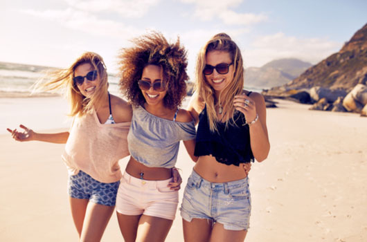 True-Friends-7-Tips-on-Becoming-Your-Squad's-Number-One-Girl-Photo02
