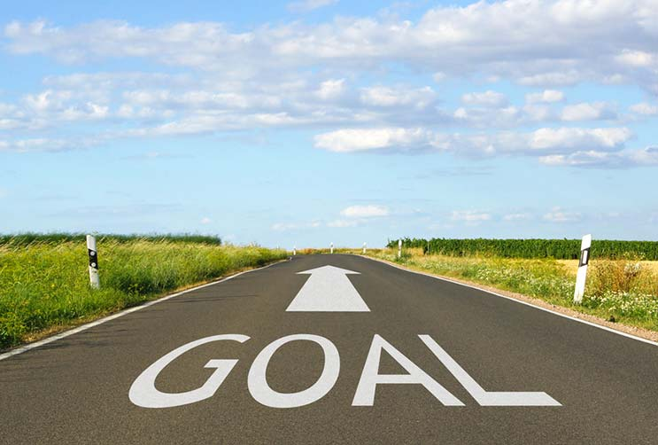 Goal-Setting-How-to-Get-the-Heck-Out-of-Your-Own-Way-and-Actually-Grow-MainPhoto