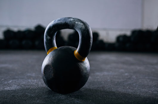 10-Reasons-to-Bring-a-Kettlebell-into-Your-Fitness-Routine-Photo08