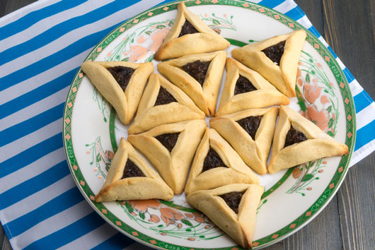 10 surprising facts about the purim story - feast of purim | mamiverse