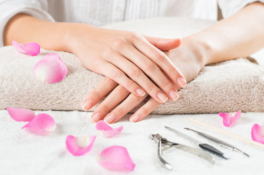 Cuticle-Care--Should-You-Always-Be-Cutting-Yours-MainPhoto