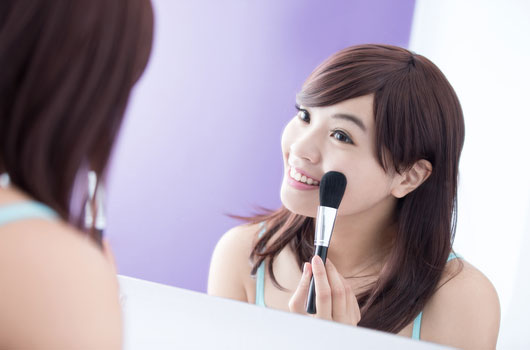 Key-Tips-on-Choosing-the-Right-Blush-Color-for-Your-Skin-Photo03