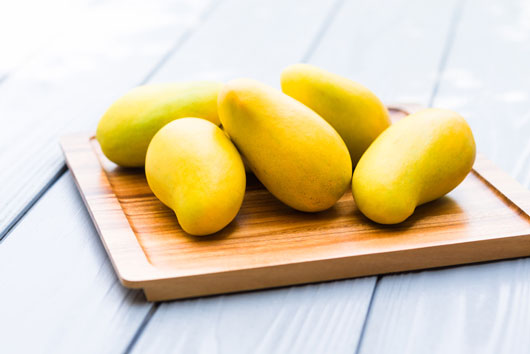 Mango-Fruit-8-Varieties-You-Need-to-Know-Photo4