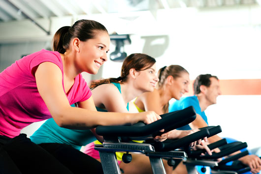 """Love-Handle-Workouts-to-Torch-Your-""""Muffins""""-in-Time-for-Summer-Photo1"""