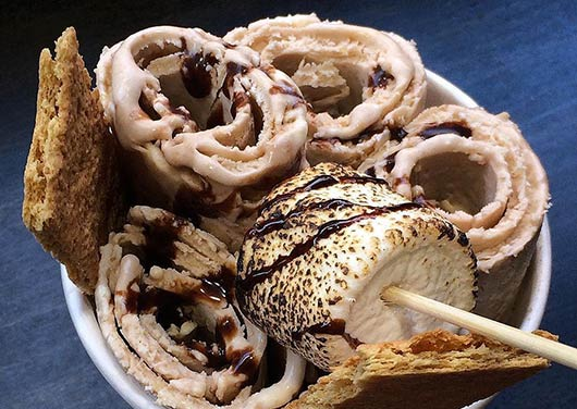 Rolled-Ice-Cream-That's-Right,-Rolled-MainPhoto