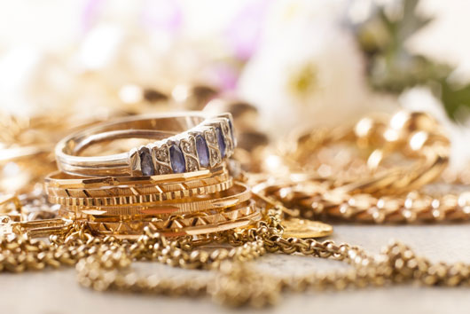 How-to-Prime-your-SO-for-the-Best-Engagement-Rings-Photo3