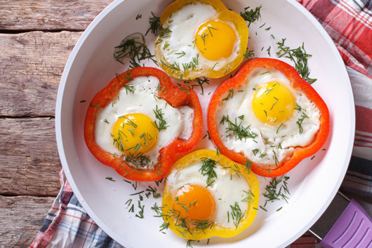 10-Unique-Ways-to-Fry-an-Egg-Photo10