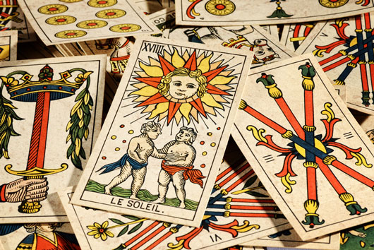 De-Code-Mode-Why-You-Need-to-Get-a-Tarot-Card-Reading-Photo2